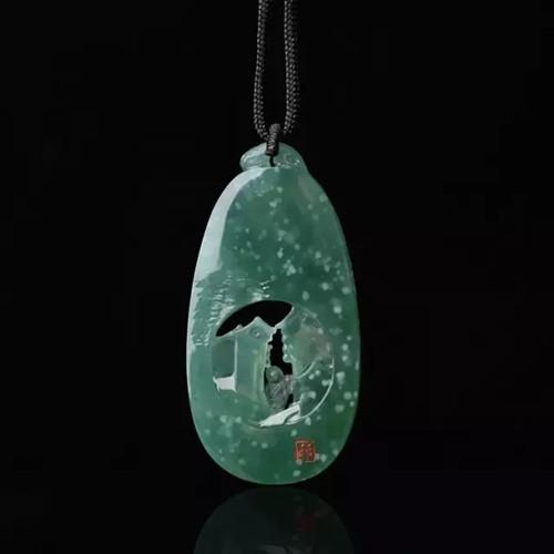 8000拿下的翡翠原石,自己打磨,成品让人哭笑不得!